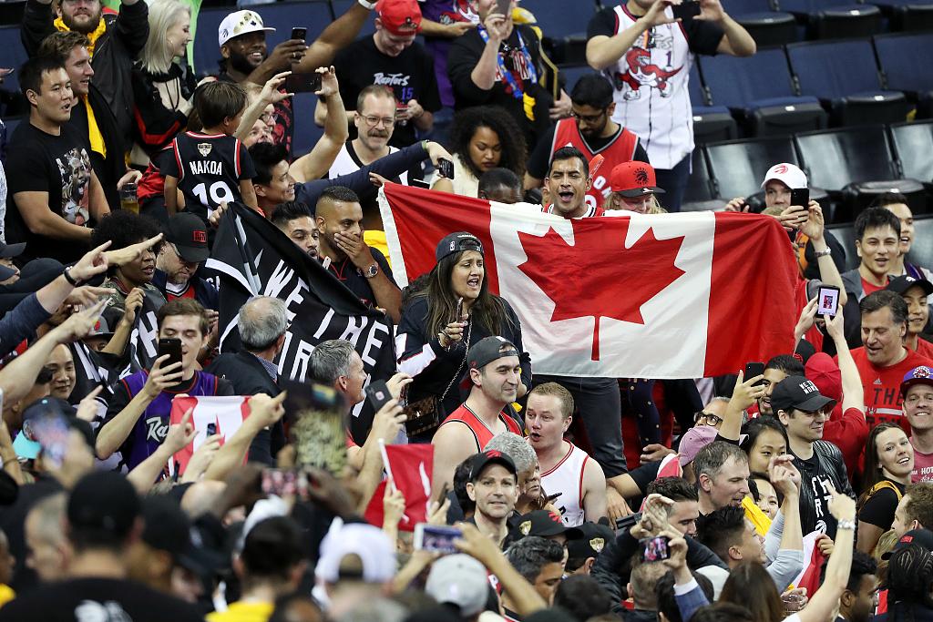 在加拿大这个冰球国度,猛龙曾被?#28216;?#22806;来客
