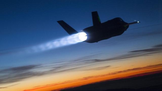 以色列电子战武器奏效,叙S300导弹疑似失灵,以军战机毫发无伤