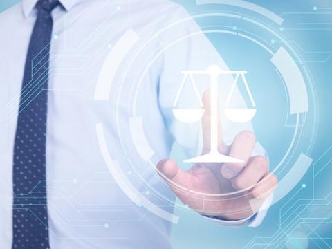公民作为诉讼代理人收费合法吗?