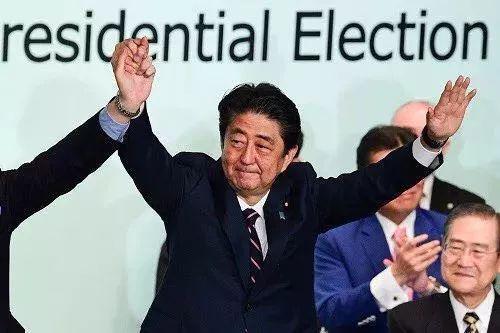 """安倍晋三离""""日本首相第一人""""还有多远?"""