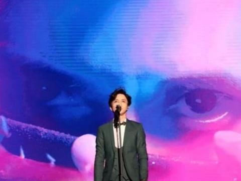 如果薛之谦和许嵩的歌曲都收费,你愿意花钱听谁的歌?