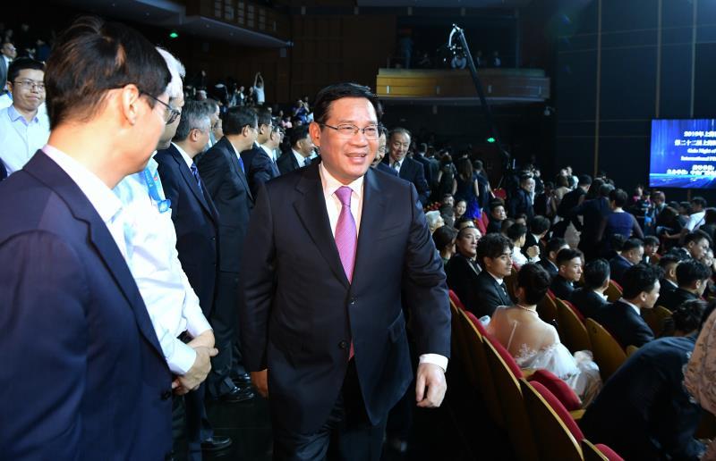 500多部影片将在47家影院展映!上海国际电影节今晚开幕