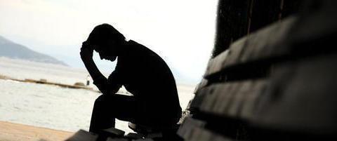 一个焦虑急躁的妈妈注定会有一个疏远的爸爸,最后是抑郁的孩子