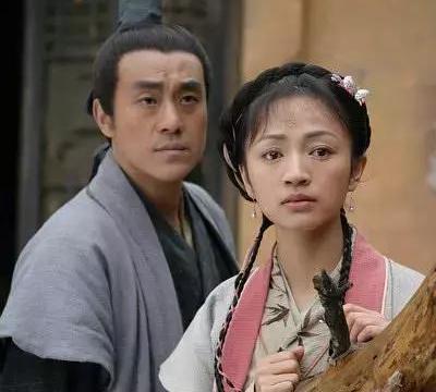 《大宋提刑官》演员现状:何冰苗圃最红,郭达最无奈,而她嫁得好