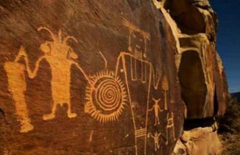 秘鲁洞穴现神秘壁画,记载内容与人类历史无关,生命起源扑朔迷离
