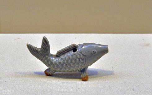 龙泉窑青瓷鱼形砚滴(非此次收回文物)