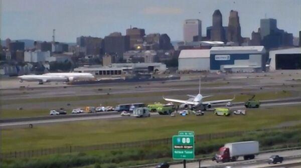 美联航一波音757客机降落时多处爆胎 载有166名乘客