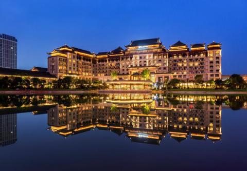 广州融创万达文华及万达嘉华酒店于花都融创文旅城精彩揭幕