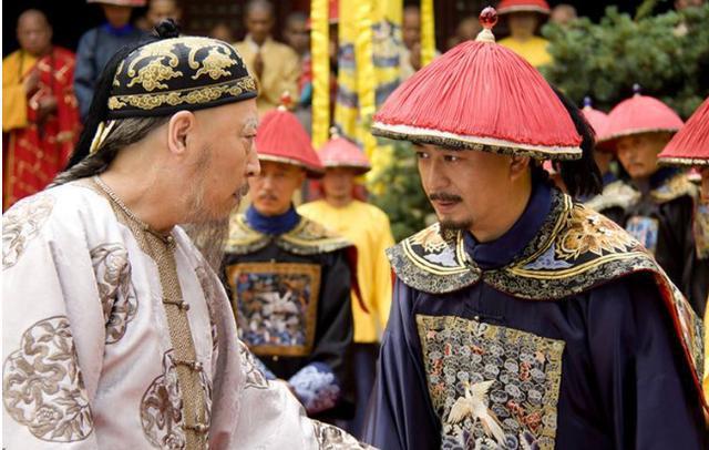 清朝最幸运的兼职,半夜加班被乾隆撞见,第二天就成了军机大臣