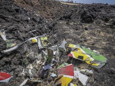 埃航空难重演?载员175人波音客机砸向地面,最后时刻乘客惊呼