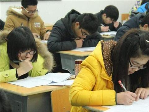 2019高考数学难度上升,估分90分却很多