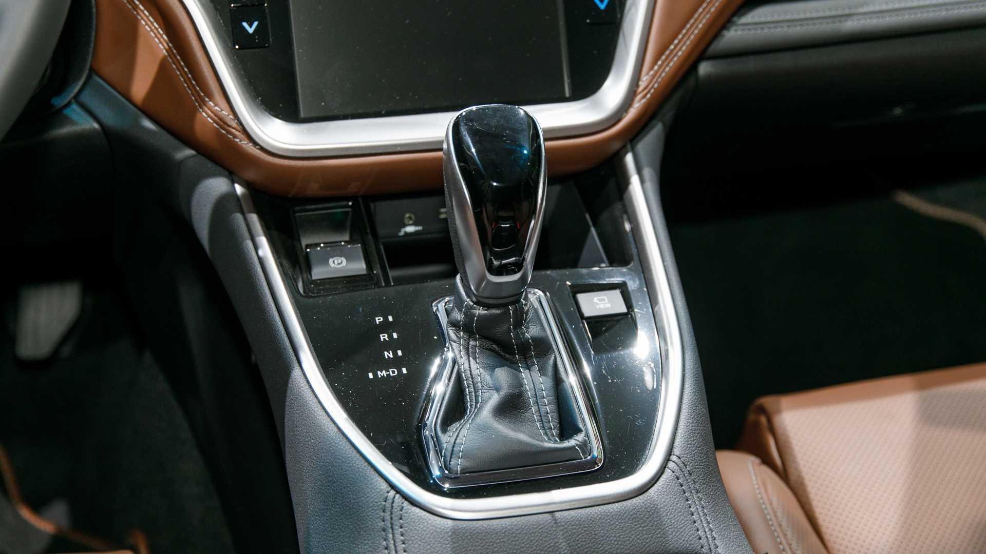 大触控超奥迪A8,进口27万配四驱,油耗不到9L,还买汉兰达?