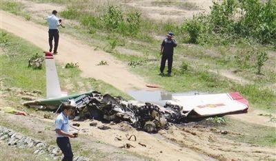 越南战机翻滚坠毁,一可疑细节令北方邻国担心