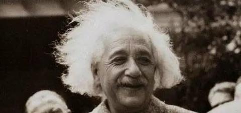 时空穿梭究竟是否存在?爱因斯坦的这个理论,早已证明了