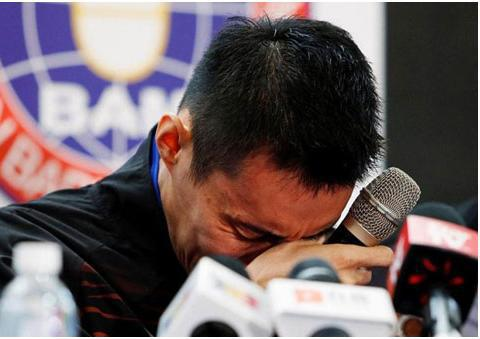 李宗伟退役告别赛场,但质子治疗已让他癌症痊愈
