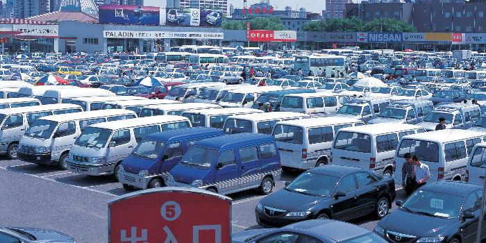 汽车销量跌跌不休 刺激政策仍不够?主管协会建议继续减免二手车增值税
