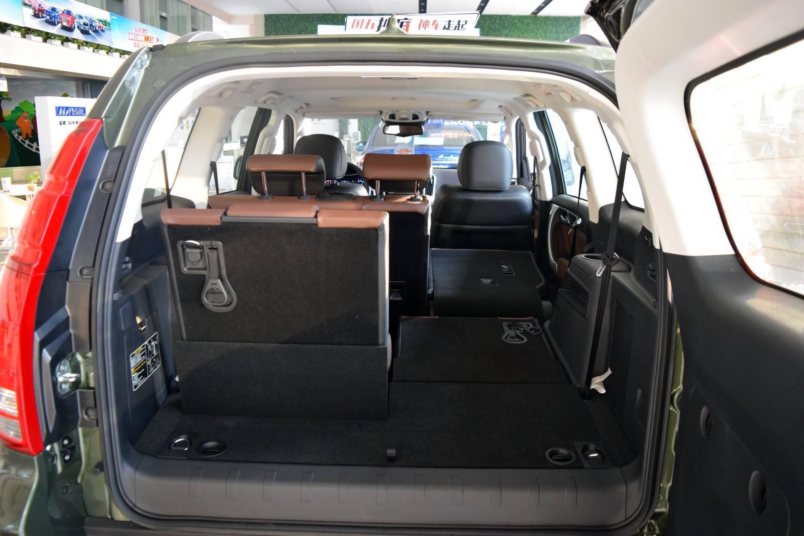 非承载车身标配博格华纳四驱ZF8AT带换挡拨片卖20多万,这车挺值
