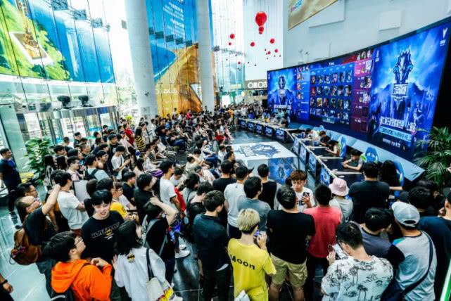 华为5G CPE Pro助力全球首个5G王者荣耀城市赛,再见460