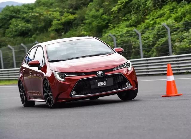 """目前最便宜的丰田""""TNGA"""":如何用有限的成本,把高级感造出来"""