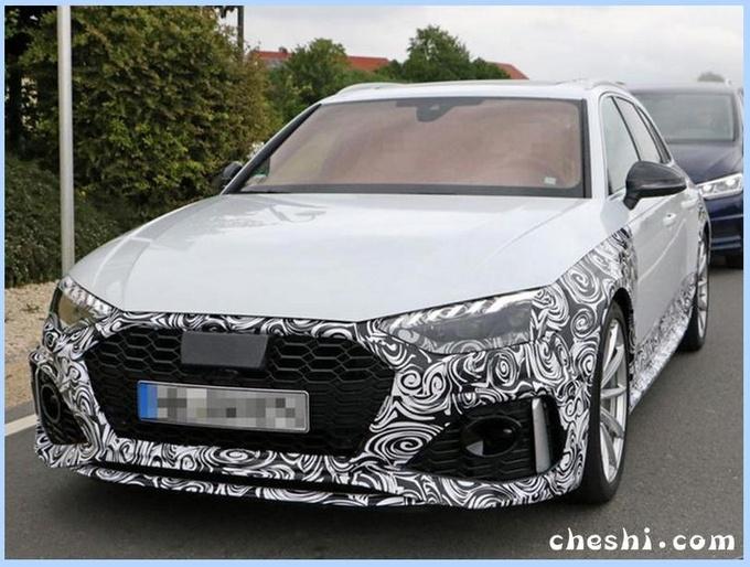 奥迪新RS4旅行版,搭保时捷引擎,能拉跑的快,价格喜人