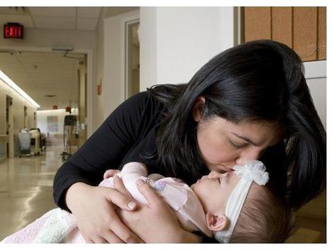 19岁母亲割肝救女,瘦小身躯蕴藏伟大母爱,小儿肝移植你了解吗