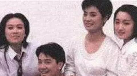 那英追过蔡国庆,但是蔡国庆却看上了那英的姐姐,究竟怎么回事?