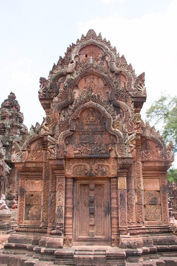 班蒂色玛寺院不大,巧妙的布置所营造的空间给人一种精致、安全、清净的感觉。