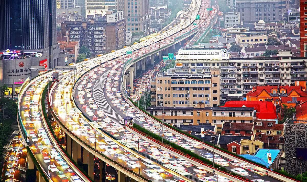 新政如何落地?发改委要求加快汽车限购地区由限购转向引导使用