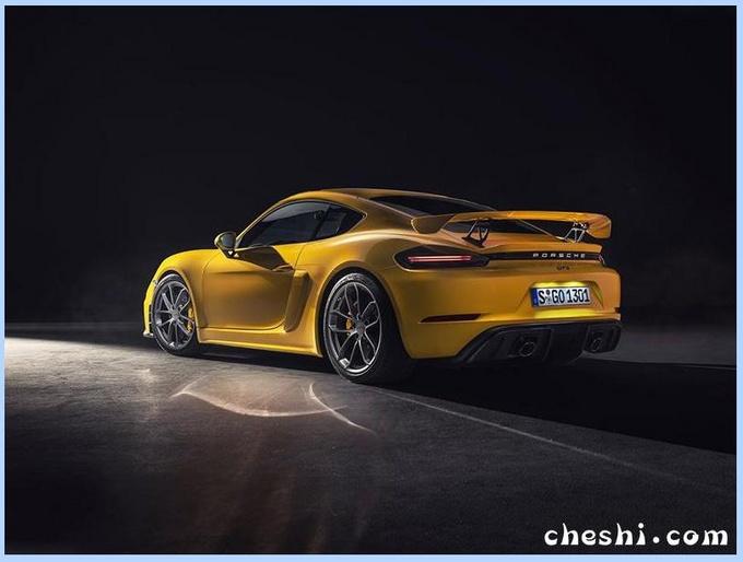 便宜20万!保时捷新款718亮相 动力超同门911