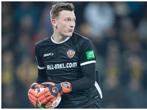 截胡枪手?德媒:德国U21国门舒伯特同意加盟沙尔克