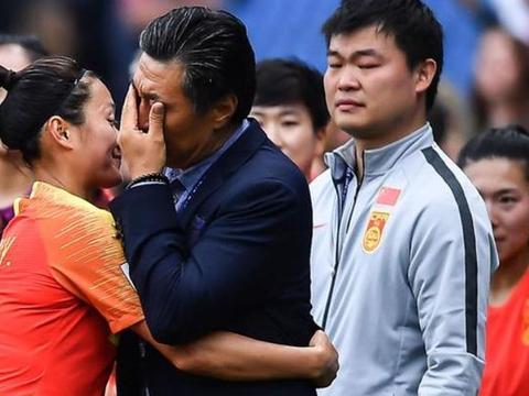 真性情遭质疑!贾秀全泪洒赛场,球迷媒体欠他一个道歉