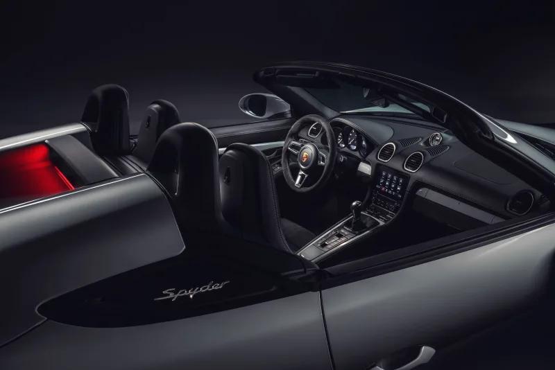 中置引擎六大梦想:2020款保时捷Cayman GT4和Boxster Spyder