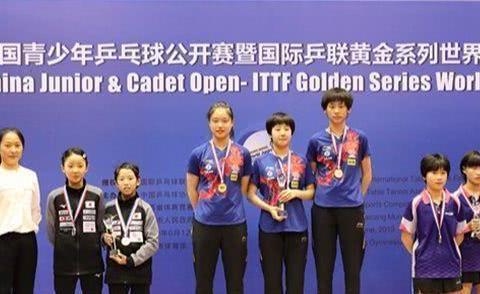 11岁劲敌2个3-0连胜全国冠军,其母曾为国乒夺取世乒赛金牌