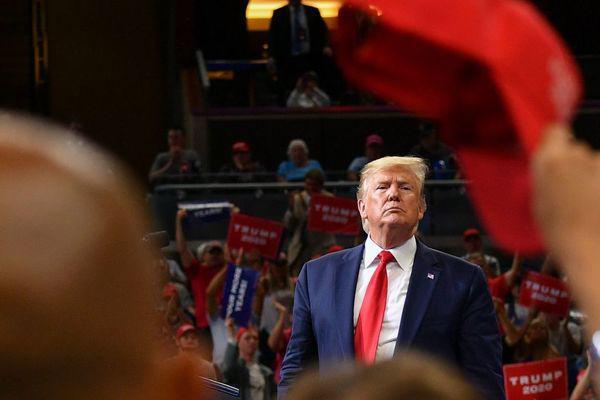 特朗普正式宣布参加2020大选:让美国保持伟大|全球每日政要