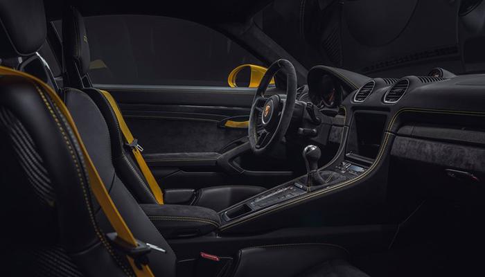 718 Cayman GT4发布官图,入门GT车型,提供更纯粹的驾驶乐趣