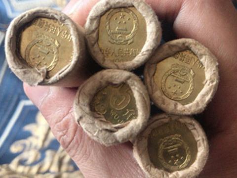谁家还有这样的硬币,现在可是收藏佳品