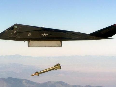 世界上第一款隐形战斗机就是f117