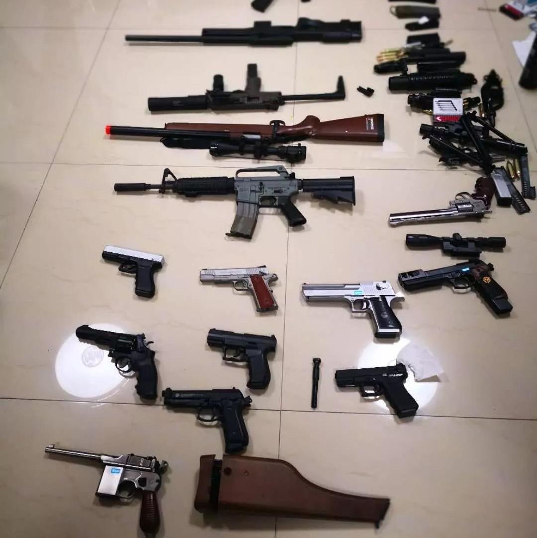 淄博破获一起私藏枪支案,16支仿真枪被悉数查获!