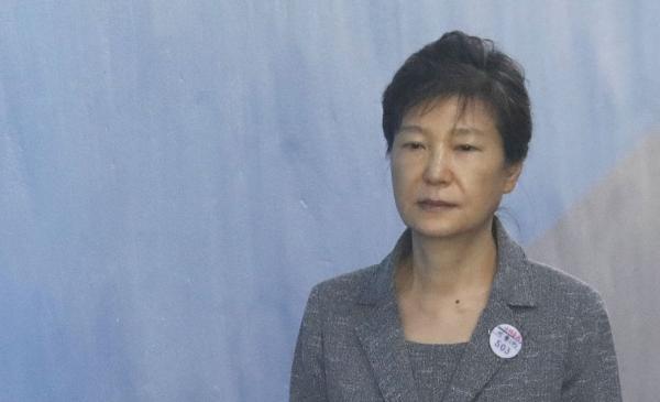朴槿惠私吞国安费一审被判6年,二审检方建议判其12年