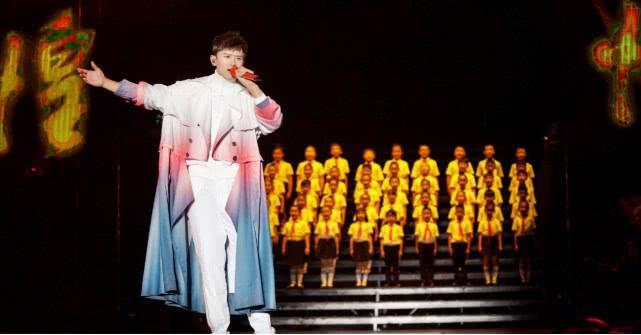 """最爱""""自虐""""的4位歌手,华晨宇上榜,第一位直接把小命当儿戏"""