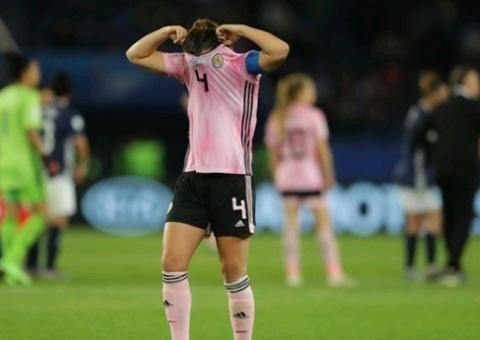 从0-3到3-3!女足世界杯上演神剧本,两队或携手出局