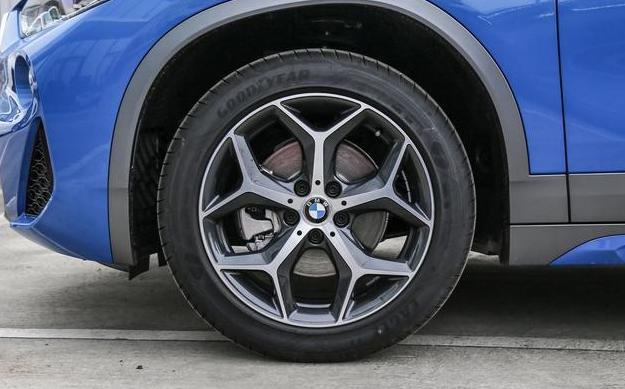 """宝马X2裸车21万,""""跳楼价""""是否能赢得消费者青睐?"""