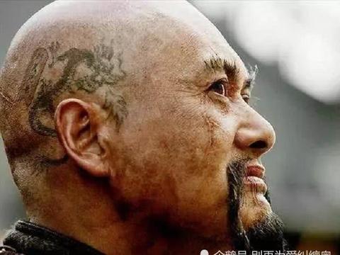 明星纹身:周润发的青龙,郭富城的赤蛇,都败给了他的九龙一凤