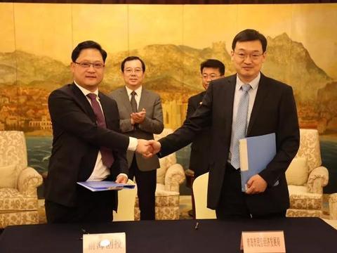 前海创投孵化器与青岛民营经济局签订企业资本服务协议