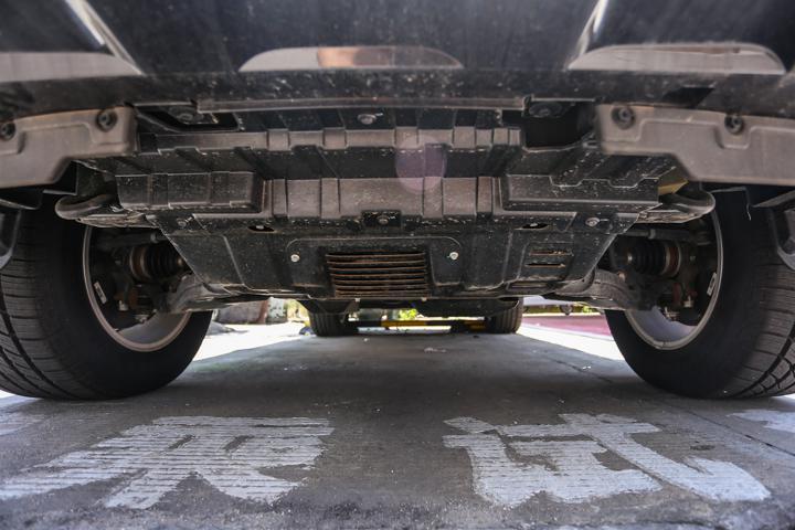 树立国产硬派SUV标杆,到店实拍哈弗H9