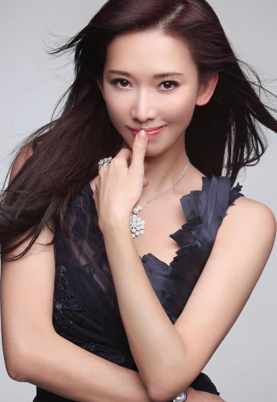 """林志玲开始维护自己的权益,不要叫我""""黑泽志玲"""",网友沸腾!"""