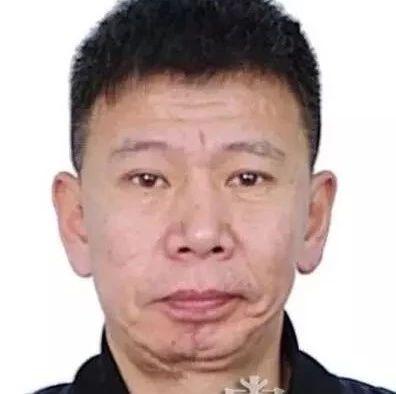 【速看】鹤岗市警方征集刘兆君犯罪团伙违法活动线索