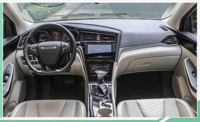 启辰D60新车型售6.98万元起 配置提升/国六排放