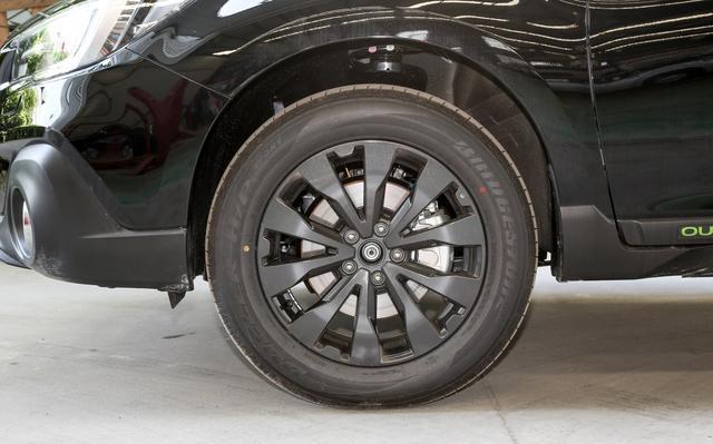 不一定选汉兰达,这SUV纯进口,配H4发动机+全时四驱,裸车26万