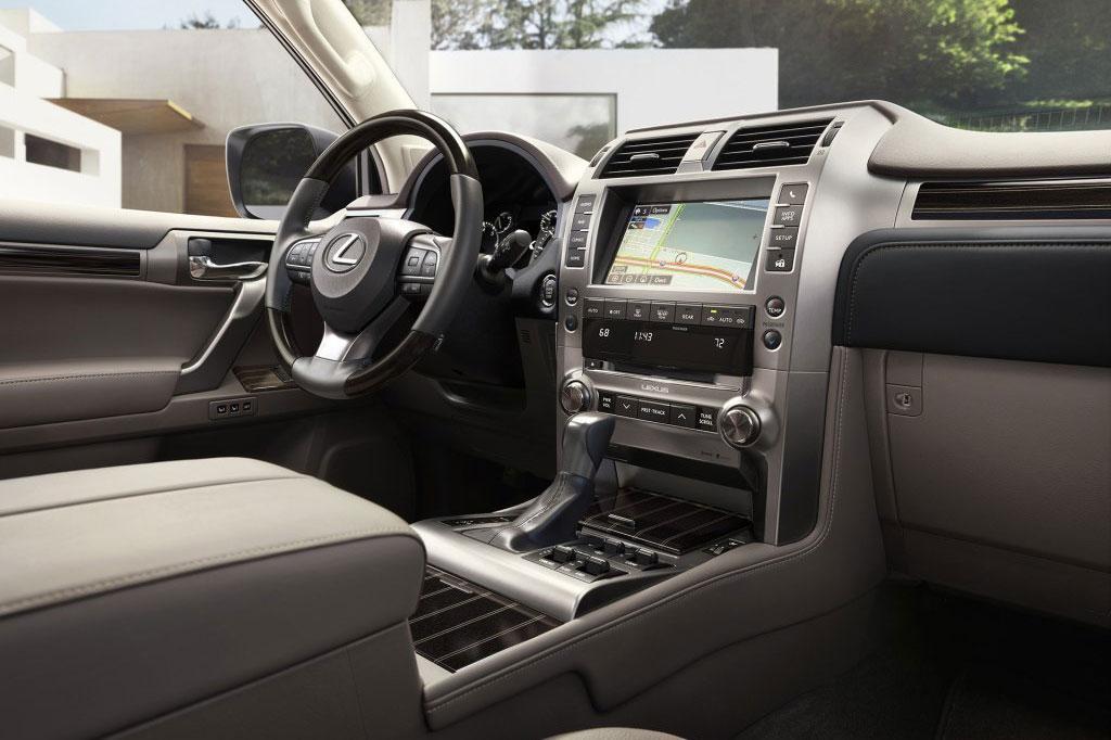 """比普拉多更有人气 搭4.6L V8+6AT 小""""LX""""或入国内市场"""